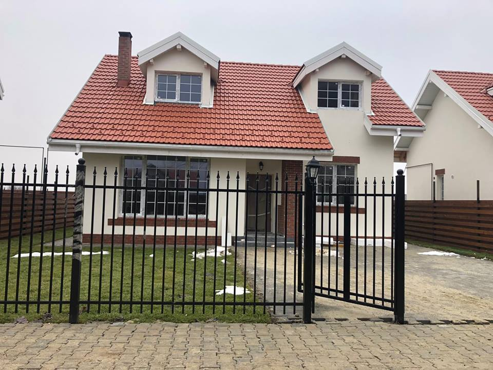 face bani pentru a construi o casă