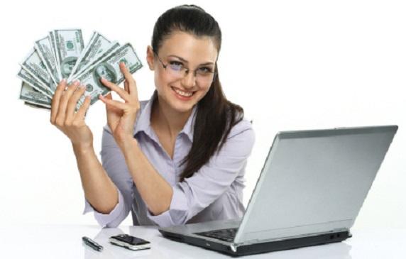Oamenii câștigă în mod legal bani pe internet?