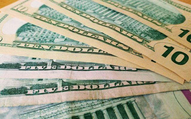 Șapte oameni bogați care au reușit să facă bani din afaceri ilegale