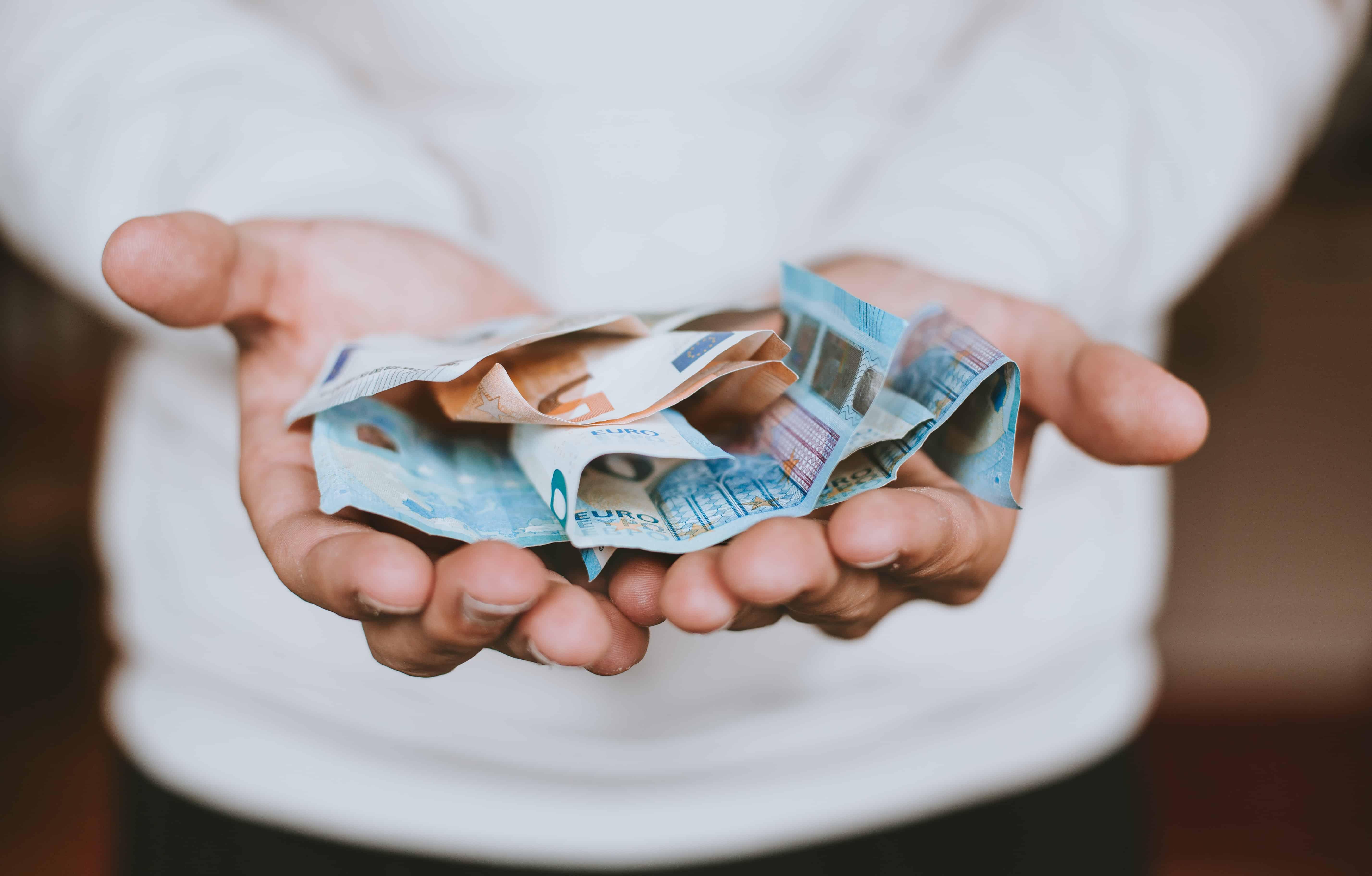 cum să câștigi mulți bani într- o lună cum poate un pensionar să câștige bani acasă