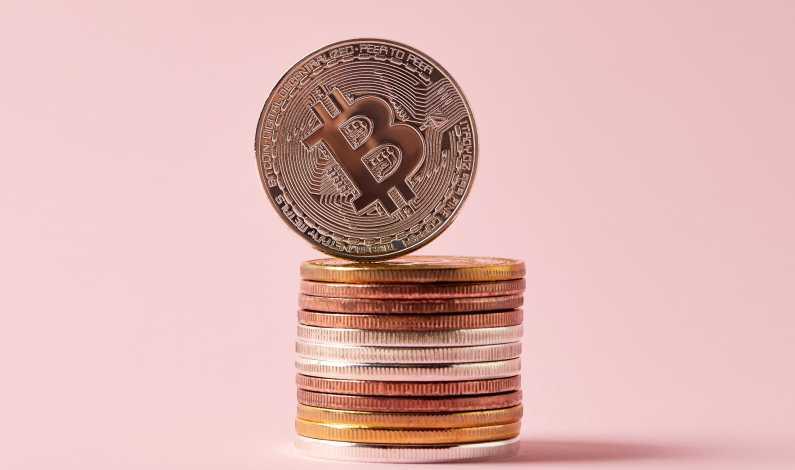 Bitcoin a atins valoarea de de dolari, apoi a urmat o scădere ușoară