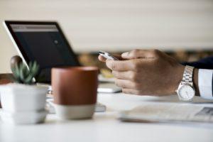 investiție pe internet cu mici