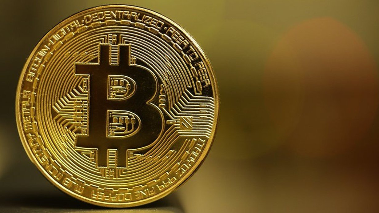 merită să cumpărați bitcoin tranzacționarea roboților și tot ceea ce este vorba despre ei