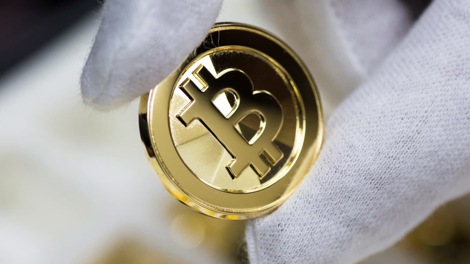 bitcoin prin computer cum poate o mamă singură să câștige bani acasă