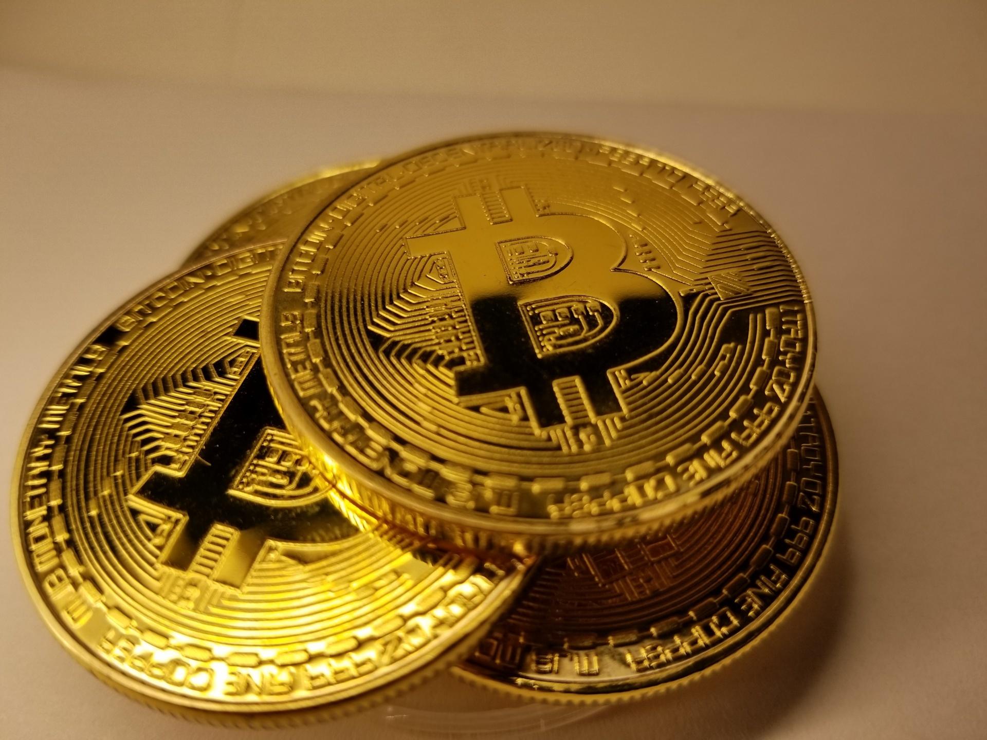 depozite Bitcoin la interes este bani pe YouTube cum se face