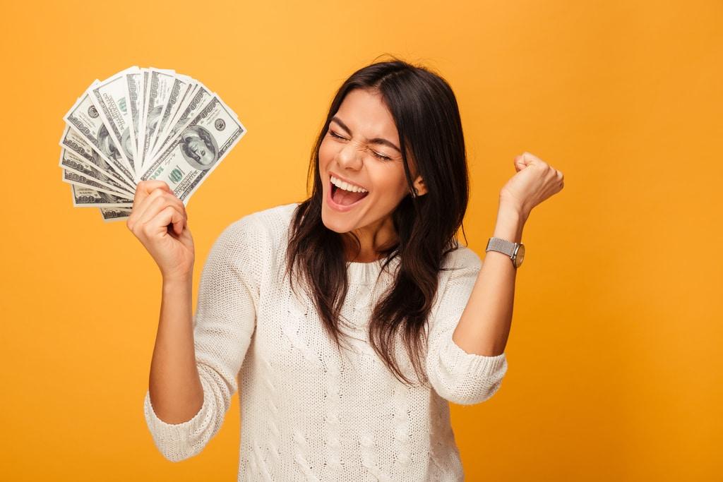 student care a făcut bani pe internet făcând căi de bani